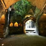 Conception lumière du site Troglodytes et Sarcophages (49) classé MH - Crédit photo Didier Chabot
